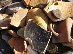 Luck (Elly Snel) Tags: home stone exterior pottery thuis buiten steen fragments scherven aardewerk