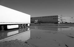 Tanger (LichtEinfall) Tags: port lorry maroc hafen marokko tanger lastwagen pfütze erpe raperre maroc615wallosw