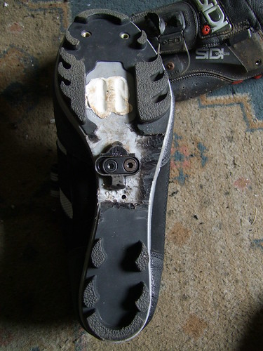 Mid foot cleat position   Singletrack