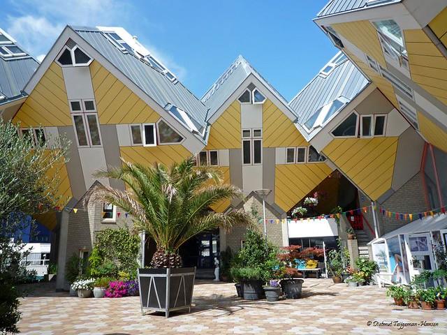 Rotterdam - kubus woningen / cube houses