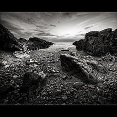 Surrender (moe chen) Tags: ocean white black sunrise way nikon rocks maine sigma moe 1020mm ogunquit marginal d300 vertorama moe76