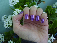 Roxo Metlico (Colorama) (Luna (Debs)) Tags: purple nails nailpolish unhas roxo esmalte colorama brilhos roxometlico coleoartstica