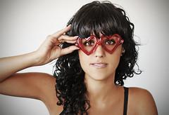 . (susilalala) Tags: gafas corazones retalesbotijero susilalala