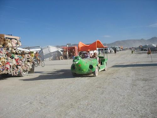 lil green art car