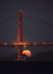 Golden Gate Moonset (Rob Kroenert) Tags: sanfrancisco california park ca bridge usa moon sunrise dawn golden gate san francisco before full fullmoon goldengatebridge aquatic moonset