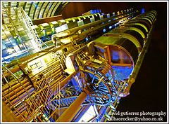 Lloyd's Architecture at Night  :: Rocket Launch from London (david gutierrez [ www.davidgutierrez.co.uk ]) Tags: from city light urban building london architecture night skyscraper buildings dark spectacular geotagged photography photo arquitectura cityscape darkness image dusk space sony centre perspective cities cityscapes center structure architectural nighttime 350 londres architektur nights sensational metropolis rocket launch alpha londra impressive futuristic lloyds dt nightfall cityoflondon municipality richardrogers edifice cites rocketlaunch thelloydsbuilding f4556 1118mm sonyalphadt1118mmf4556 sony350dslra350