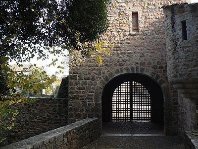 entrée de l'abbaye du Thoronet.jpg