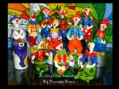 """A """"palhaada"""" (Art Vanessa Lima) Tags: clown artesanato paz palhaos cabaas porongos vanessalima"""