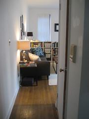 IMG_4278 (flaschenpostpics) Tags: nyc myfirstapartment manhattanapartment apartmenttherapyny uppereastsidestudio
