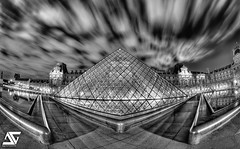 Louvre (A.G. Photographe) Tags: longexposure blackandwhite paris france reflection film night movie french noiretblanc louvre nb reflet ag napoleon bp nuit pyramide franais hdr parisian anto louisxiv parisienne xiii parisien longueexposition hdr1raw bratanesque antoxiii baladesparisiennes 16mmnikonfisheye agphotographe