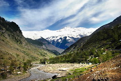 Good Morning Kaghan Valley (Tanwir Jogi) Tags: road city pakistan sky snow water trekking trek river nikon hiking backpacking viewer kaghan naran l5 jogi saifulmaluk kunhar tanwir trekkerz