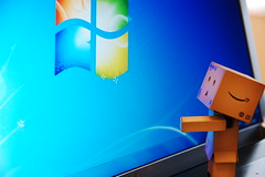 Danbo (heart) Windows 7 (mendhak) Tags: wallpaper japan studio logo photo pc amazon background laptop contest screen os system monitor dell microsoft figure slashdot fanboy operating danbo slashdotted windows7 danboard wintard mendhakwallpaper mendhakwebsite
