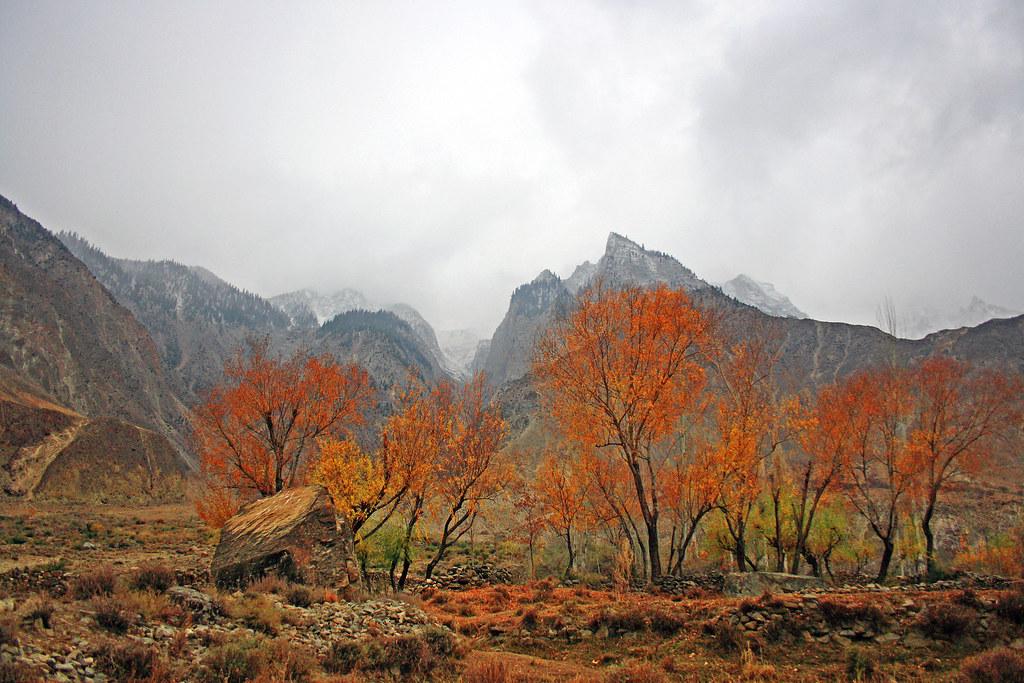 3752131220 39dbae8223 b - Stunning Beauty Of Hunza Valley Pakistan