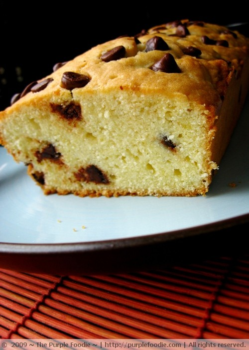 Chocolate chip poundcake - crumb