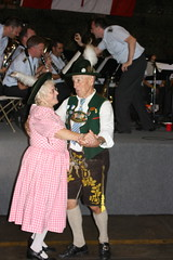 Polka! (jayinvienna) Tags: dulles oktoberfest lederhosen dullesairport dirndl bundeswehr luftwaffe bundesmarine germanbeernight bundeswehrkommando germanarmedforcescommand