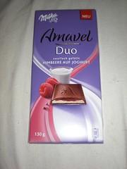 Milka Amavel Duo Himbeere auf Joghurt (Like_the_Grand_Canyon) Tags: new germany candy sweet chocolate filled german twice schokolade choco premium neu gefllt schoki zweifach