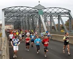 2009 New York City Marathon (jag9889) Tags: city nyc bridge ny newyork puente crossing harlem manhattan marathon bridges ponte pont runners borough brcke ing 2009 madisonavenue parkavenue newyorkcitymarathon y2009 2009newyorkcitymarathon jag9889