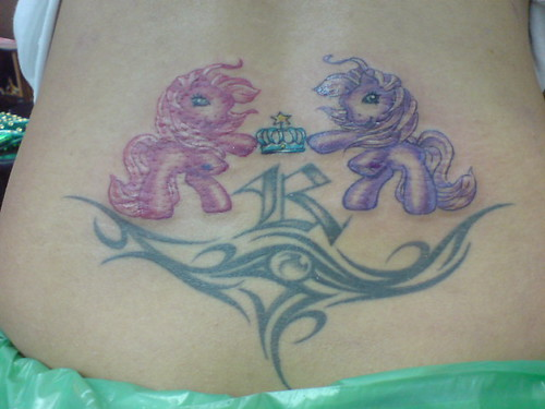 tribal tattoos for women back. tribal tattoos for women back. Tattoo Tribal at Lower Back