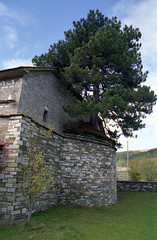 Look closely! (dkilim) Tags: mountain nikon fuji greece reala fm2 epirus εκκλησία samarina smolikas ήπειροσ σαμαρίνα σμόλικασ