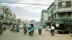 Ngã ba Trương Tấn Bửu - Chi Lăng (Photo by HG Waite 1967-68) (manhhai) Tags: vietnamese waite vietnam 1967 tet bienhoa tetoffensive macv trangbom nguyencaoky advisoryteam98 ductu anxuan hoephoa vuonngo hiephoa