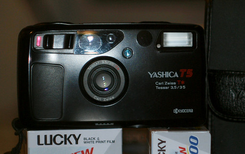 yashica_t5_title
