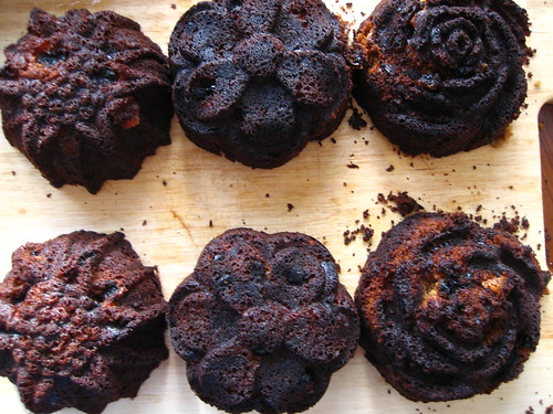 dangit, burnt fruicakelettes