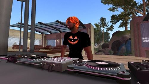 djxhalloween boa at southern cross in second life