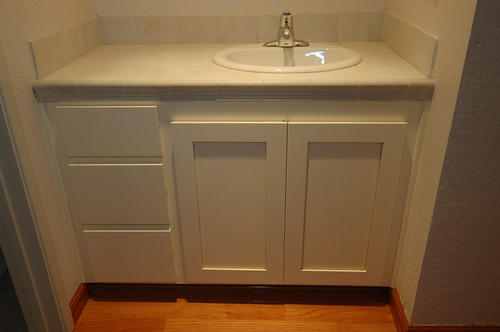 Refaced vanity - Custom Design Woodworks