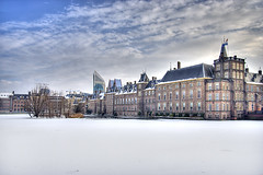"Binnenhof in de Sneeuw • <a style=""font-size:0.8em;"" href=""http://www.flickr.com/photos/45090765@N05/4219206561/"" target=""_blank"">View on Flickr</a>"