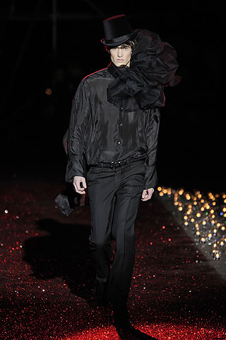 Libor Dusek301_FW09_Paris_John Galliano