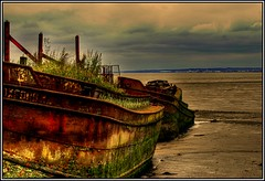 Humber barge HDR (Chris McLoughlin) Tags: old uk summer england landscape yorkshire tamron barge humber eastyorkshire a300 70mm300mm sonya300 tamron70mm300mm sonyalpha300 alpha300