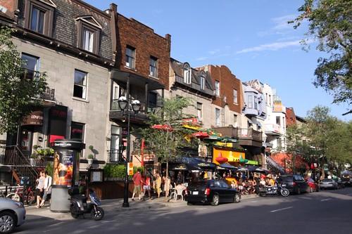 Groovy Saint-Denis Street.