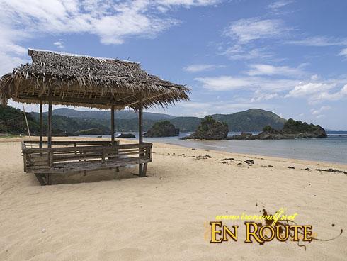 Puraran Beach and Hut
