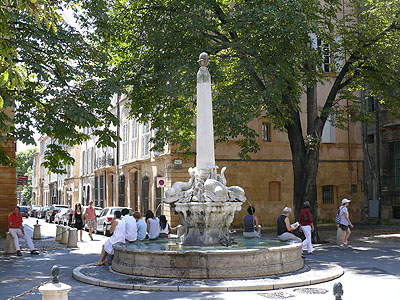 fontaine aix 2.jpg