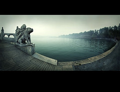 lake of jade (biancavanderwerf) Tags: china mist lake green statue circle still lion fisheye bianca turkoois earthasia ctrippic