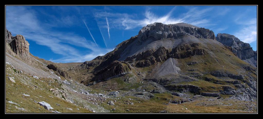 Ladera suroeste de la Llena del Bozo (2559 m.)