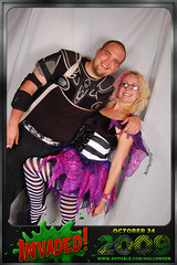 Matt Allyson (avitable) Tags: costumes party halloween alien invasion invaded avitable avitaween avitaween2009