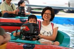 20091108_9788 (Yiwen103) Tags: 內灣 露營 尖石 卡丁車 櫻花谷 碰碰船 踏踏球