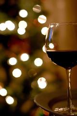 Cheers Everyone! Happy Holidays! (Jane P :-)) Tags: christmas ireland dublin glass canon 50mm lights christmastree redwine merrychristmasandahappynewyear rebelxti janepackard