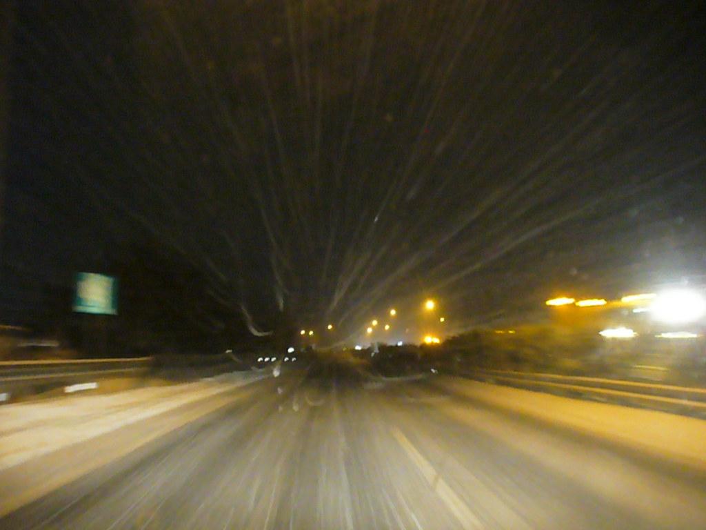 高速道路 雪道