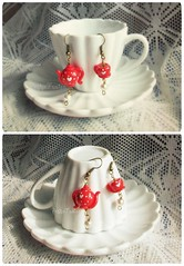 It's tea time, my love! earrings, fimo polymer clay (*Merylu*  PetiteFraise) Tags: red food cup cake rouge time tea sweet handmade fake craft jewelry bijoux jewellery fimo cupcake clay teapot earrings rosso tazzina boucles teiera polymer t orecchini blomming dawanda petitefraise merylu