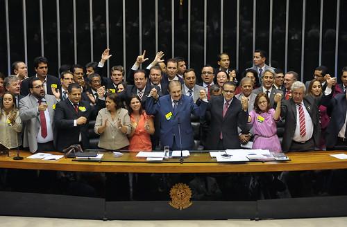 Deputado Antônio Roberto durante a aprovação da Proposta de Emenda à Constituição (PEC 247/13)