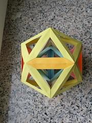 Six tetrahedra in an icosahedron, two-fold view (Aneta_a) Tags: origami modularorigami polyhedron polyhedra polypolyhedra icosahedralsymmetry octahedralsymmetry simplepaper icosahedron tetrahedron dirkeisner francisow tomokofuse