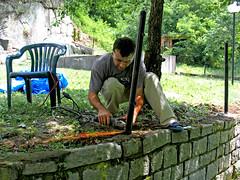 Priprema stubova (mpvujic) Tags: srbija vikendica radaljskabanja
