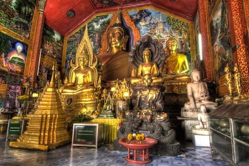 Inside Wat Phrathat Doi Suthep