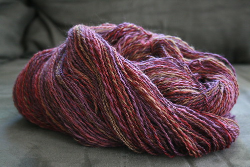 Bee Mice Elf roving in colorway Pensive Plumb (BFL Mix)