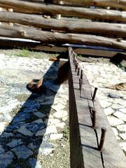 Extras - Caminho de Pregos / Nail way (mchammas) Tags: riodejaneiro outdoors ground nails cho pregos externas projeto365rio project365rio