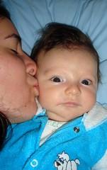 3 meses (Mh :)) Tags: baby love pessoas kiss child brother amor beijo daniel irmo bebe criana smack 365days
