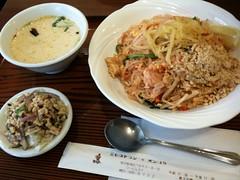 タイ風やきそば - バンコク・レストラン(六本木)