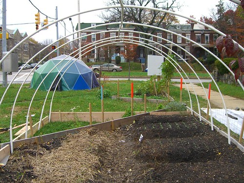 09 11 14-15 Tinges Common hoop house construction 03.jpg